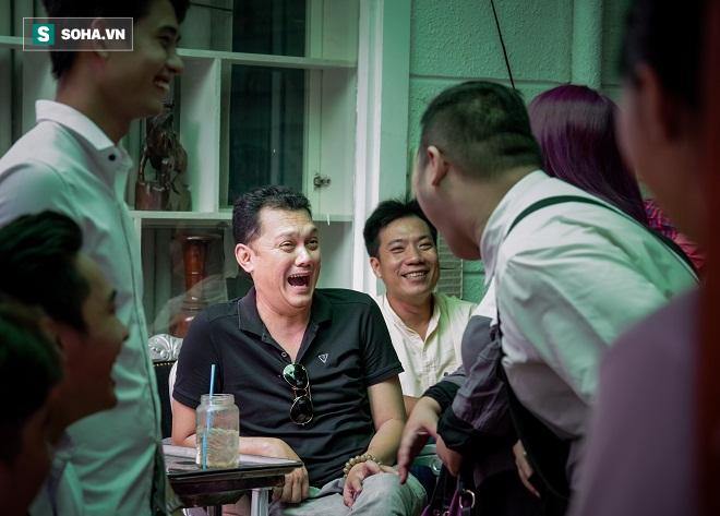 Các nghệ sỹ nổi tiếng Sài Gòn tổ chức lễ cúng Tổ nghề - Ảnh 15.