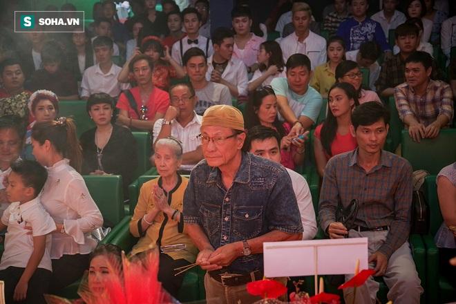 Các nghệ sỹ nổi tiếng Sài Gòn tổ chức lễ cúng Tổ nghề - Ảnh 8.