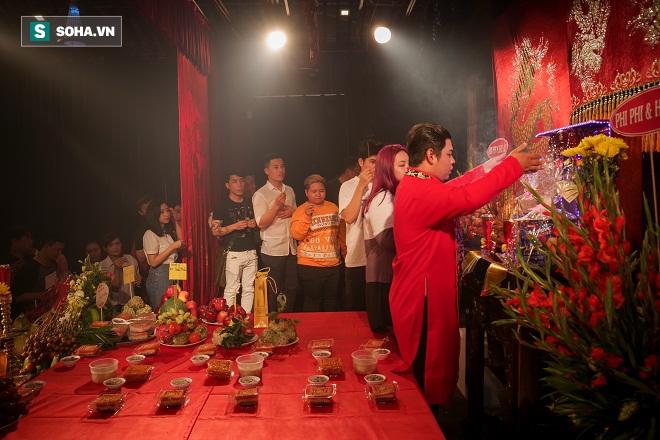 Các nghệ sỹ nổi tiếng Sài Gòn tổ chức lễ cúng Tổ nghề - Ảnh 12.