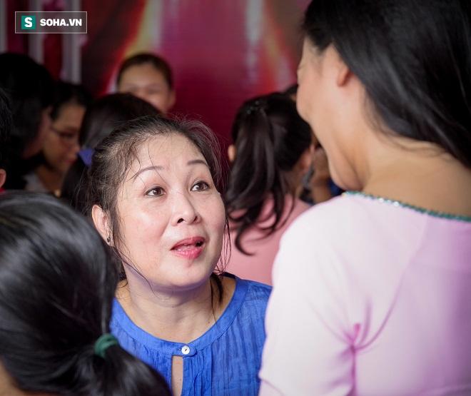 Các nghệ sỹ nổi tiếng Sài Gòn tổ chức lễ cúng Tổ nghề - Ảnh 18.