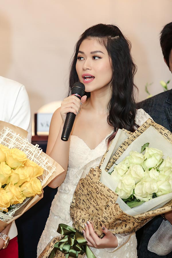 Hoài Lâm kết đôi cùng Ngọc Thanh Tâm trong phim chiếu Tết - Ảnh 4.