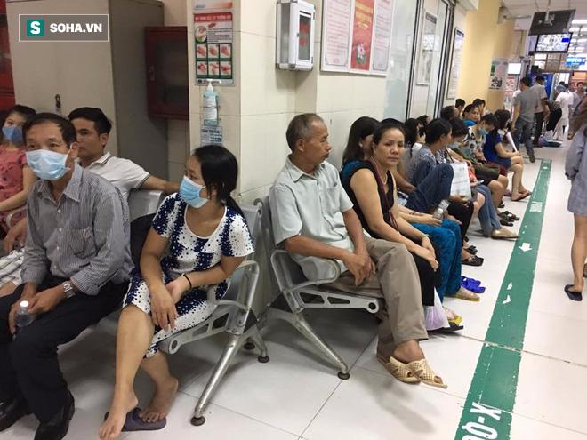 Chuyên gia khuyến cáo: Những dấu hiệu của bệnh sốt xuất huyết cần vào viện khám ngay - Ảnh 2.