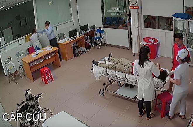 Chủ tịch phường nói lý do xuất hiện trong đoạn video đánh bác sỹ ở bệnh viện - Ảnh 1.