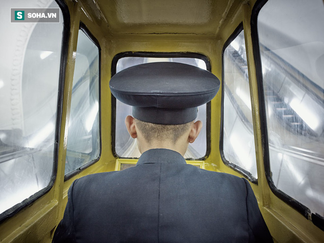 Bình Nhưỡng cô đơn, nhạt màu qua ống kính của nhiếp ảnh gia Hà Lan - Ảnh 1.