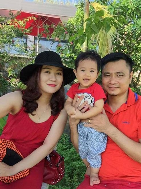 Vợ 8x xinh đẹp của Tự Long: Đã hết cảnh chăm con mòn mỏi chờ chồng tập Táo quân 2017 - Ảnh 3.