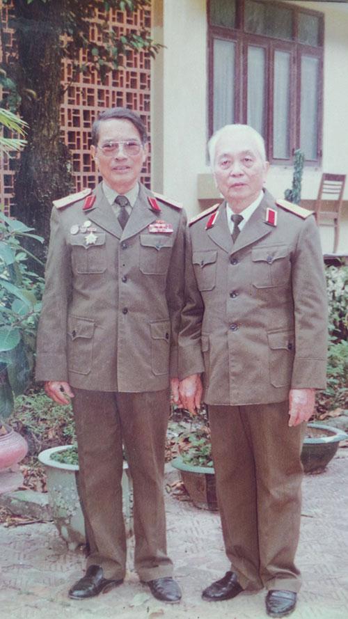 Tướng duy nhất làm tư lệnh hai binh chủng hiện đại của QĐND VN: Vinh dự hiếm thấy - Ảnh 3.