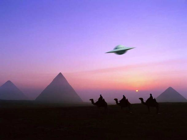Bằng chứng về việc UFO ghé thăm kim tự tháp trong sách cổ Ai Cập - Ảnh 3.