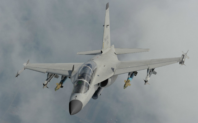 M-346FA: Lựa chọn lý tưởng cho quốc gia muốn có chiến đấu cơ giá rẻ - Ảnh 1.