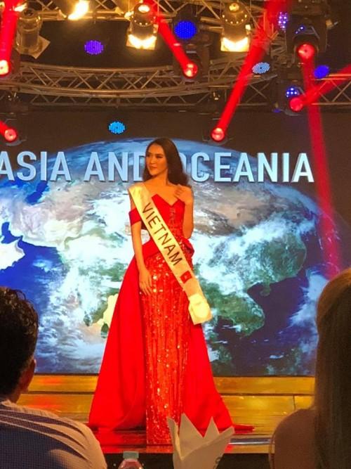 Nhan sắc nóng bỏng của tân Hoa hậu Liên lục địa có thật sự làm vòng eo 53 cm Tường Linh lu mờ? - Ảnh 7.