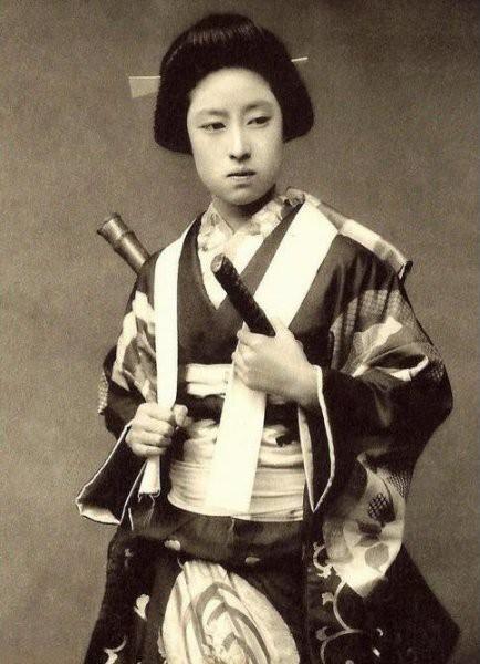 Onna bugeisha: Câu chuyện về nữ Samurai Nhật Bản, xung trận như nam giới, sẵn sàng quyên sinh để bảo vệ danh dự - Ảnh 9.