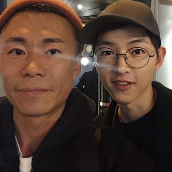 Song Hye Kyo cùng chồng âm thầm trở về Hàn sau tin đồn mang thai - Ảnh 1.