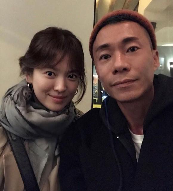 Song Hye Kyo cùng chồng âm thầm trở về Hàn sau tin đồn mang thai - Ảnh 2.