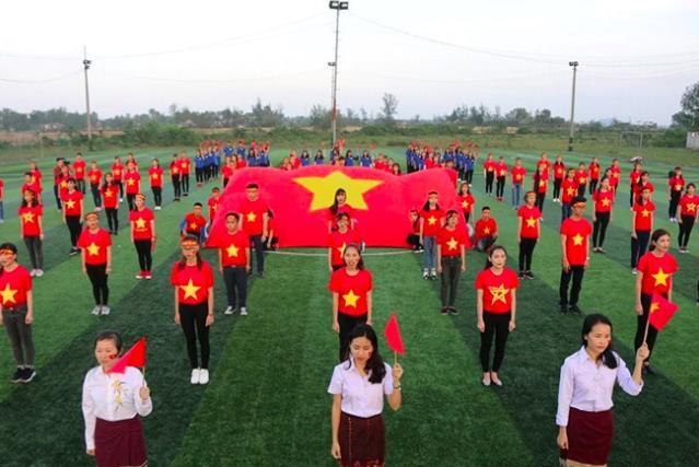 Mạng xã hội bắt đầu chia sẻ tràn ngập hình ảnh không khí cổ vũ U23 Việt Nam trước trận chung kết lịch sử - Ảnh 2.