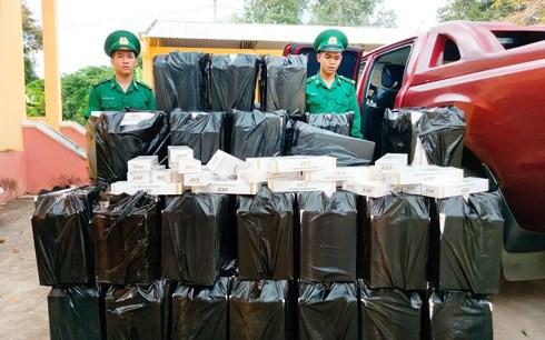 Thiếu tướng Biên phòng kể về những vụ truy quét ma túy, buôn lậu - Ảnh 2.