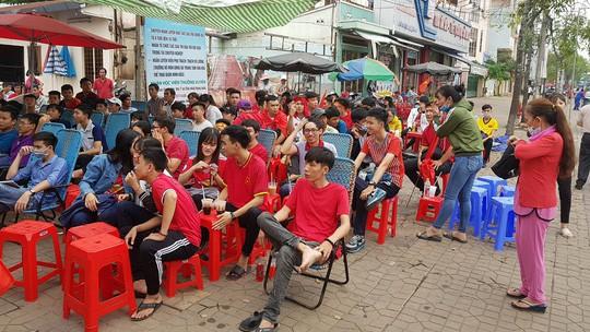 BOT Cần Thơ - Phụng Hiệp xả trạm để ủng hộ U23 Việt Nam - Ảnh 8.