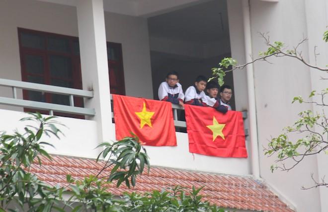 Muôn kiểu trang điểm xe hơi và người trước trận đấu lịch sử của U23 Việt Nam - Ảnh 22.