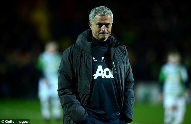 Bức thư cảm động của Jose Mourinho dành cho fan Man Utd 94 tuổi, vừa trải qua cơn đột quỵ - Ảnh 2.