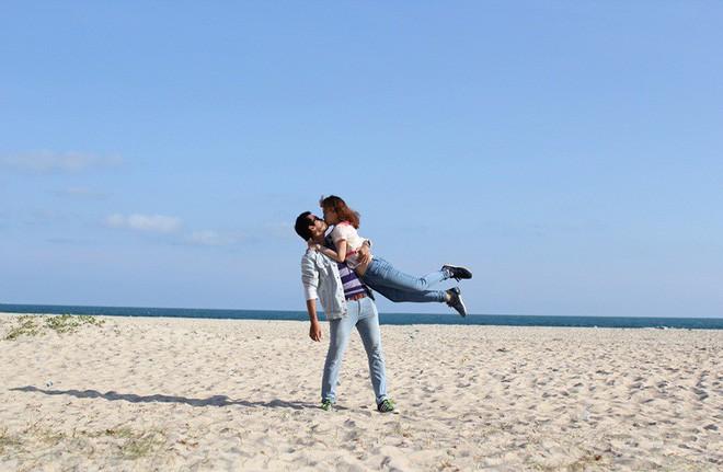Cặp đôi Sài Gòn khoe kỷ niệm từ hồi trẻ trâu đến ngày cưới và bộ ảnh vừa bay vừa hôn độc nhất vô nhị  - Ảnh 10.