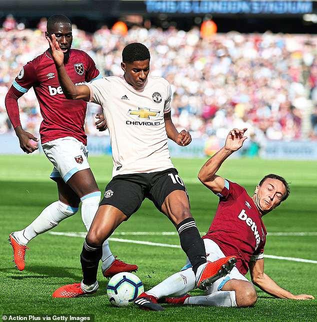 Làm cỏ Man United, chiến binh 0 đồng nói một câu khiến Pogba phải hổ thẹn - Ảnh 1.