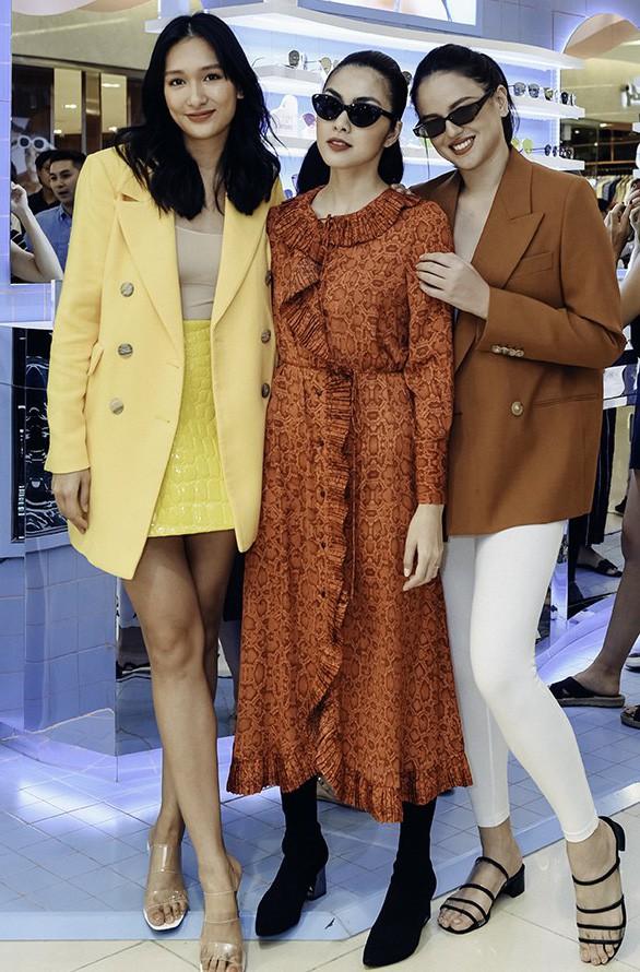Tăng Thanh Hà mặc giản dị vẫn đẹp nổi bật, đọ sắc cùng hội bạn thân - Ảnh 4.