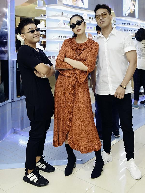 Tăng Thanh Hà mặc giản dị vẫn đẹp nổi bật, đọ sắc cùng hội bạn thân - Ảnh 6.