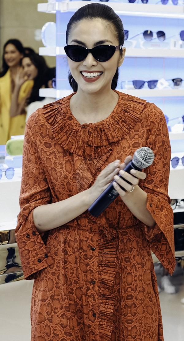 Tăng Thanh Hà mặc giản dị vẫn đẹp nổi bật, đọ sắc cùng hội bạn thân - Ảnh 3.