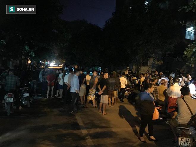 Cảnh sát dùng súng bắn tỉa vây bắt đối tượng cầm lựu đạn cố thủ trong nhà ở Nghệ An - Ảnh 1.