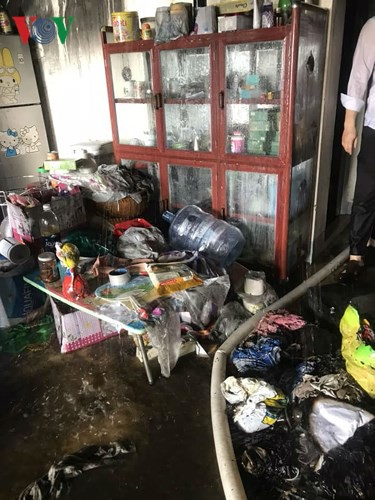 Lửa thiêu quán cà phê, bà hỏa ghé thăm chung cư ở Đà Nẵng - Ảnh 12.