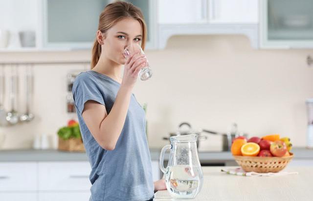 Cơ thể bị trữ nước cũng khiến bạn tăng cân và đây là những cách xử lý tuyệt vời - Ảnh 3.