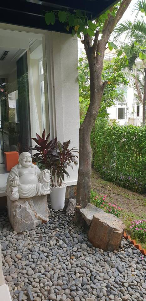 Cận cảnh căn biệt thự bè thế mới tậu của Hoa khôi Thu Hương và chồng đại gia - Ảnh 3.