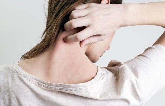 5 triệu chứng tưởng vô hại lại là dấu hiệu bệnh nguy hiểm - Ảnh 1.
