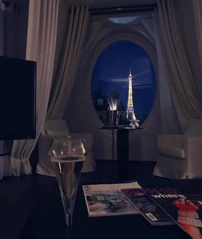 Căn phòng nơi Ngọc Trinh chụp ảnh ngưng đọng thời gian: Góc view đẹp nhất nhì Paris, phải đặt trước cả tháng - Ảnh 7.