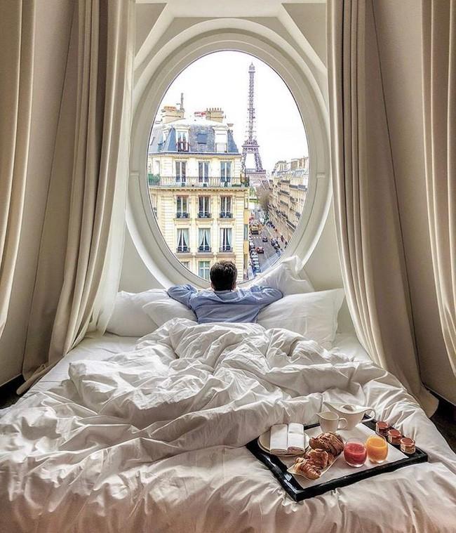 Căn phòng nơi Ngọc Trinh chụp ảnh ngưng đọng thời gian: Góc view đẹp nhất nhì Paris, phải đặt trước cả tháng - Ảnh 8.