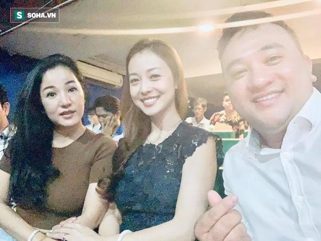 Việt Hương, Thanh Bạch, Đại Nghĩa hội tụ tại sân khấu Minh Nhí - Ảnh 2.