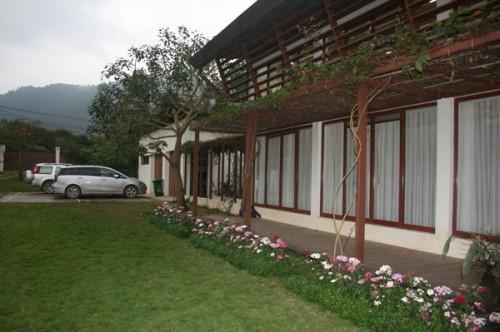Cận cảnh biệt thự nhà vườn là công trình vi phạm lớn của diva Mỹ Linh - Ảnh 6.