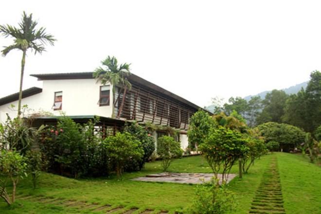 Nguyên Chủ tịch xã: Gia đình Mỹ Linh có giấy chứng nhận quyền sử dụng đất nên được xây nhà - Ảnh 1.