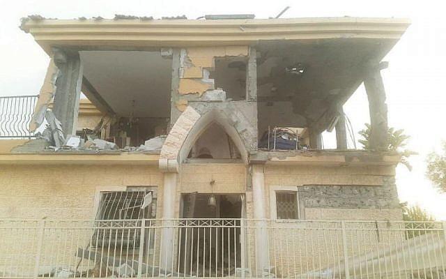 Bị tấn công đêm qua, Israel kích hoạt Mật mã đỏ, tung đòn sấm sét trả đũa - Ảnh 3.