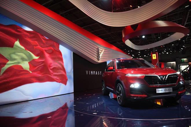 Dự đoán giá xe VinFast sau màn mở phân phối ấn tượng ở Paris: Quá đẹp để phân phối dưới tiền tỷ! - Ảnh 2.