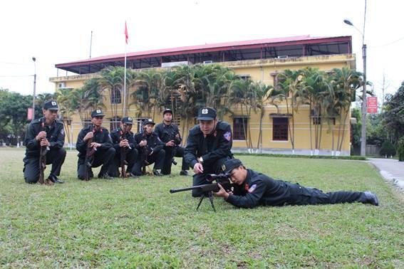 Súng bắn tỉa khủng CS Đặc nhiệm dùng vây bắt kẻ ôm lựu đạn cố thủ ở Nghệ An là loại gì? - Ảnh 2.