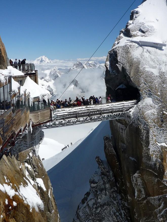 16 cầu thang đáng sợ nhất trên thế giới mà ai nhìn thấy cũng phải bủn rủn chân tay - Ảnh 19.