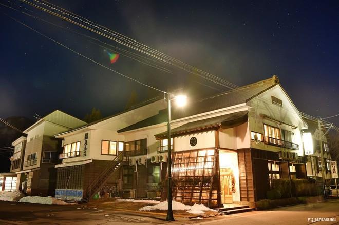 Tadami Line: Chuyến tàu hỏa nhỏ xinh nhất Nhật Bản, đi qua 4 mùa là 4 khung trời khác nhau - Ảnh 27.