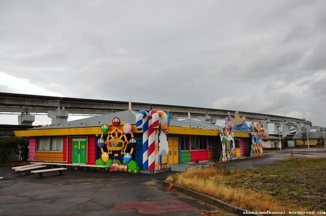 Expoland: Từ công viên hàng đầu Nhật Bản bỗng hóa nơi hoang phế không một bóng người sau tai nạn đáng sợ của nữ du khách - Ảnh 13.
