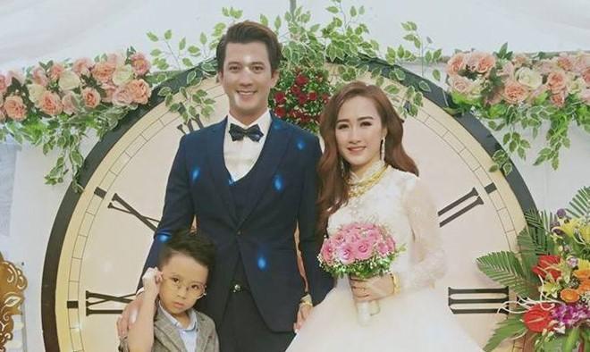 Nhan sắc xinh đẹp, sang chảnh của cô gái dân tộc Thái vừa kết hôn với Hà Việt Dũng - Ảnh 1.