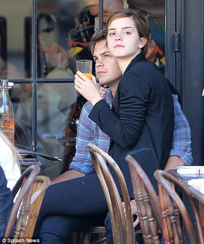 Đời tư kín tiếng nhưng tình sử của Emma Watson cũng dài dằng dặc chẳng kém Taylor Swift - Ảnh 8.