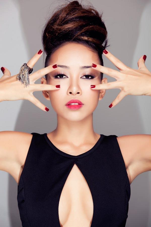 Ca sĩ xấu lạ Thảo Trang thừa nhận phẫu thuật thẩm mỹ - Ảnh 3.