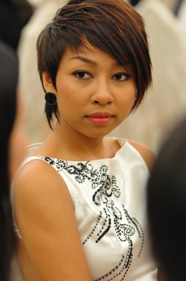 Ca sĩ xấu lạ Thảo Trang thừa nhận phẫu thuật thẩm mỹ - Ảnh 2.