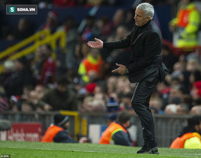 Sau khi tiêu hết 400 triệu euro, Mourinho gây sốc với bản danh sách tuyệt vọng - Ảnh 1.