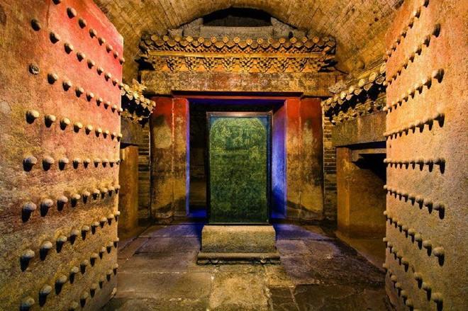 Kho báu bí ẩn bên trong ngôi mộ nước có một không hai dưới thời nhà Minh - Ảnh 1.