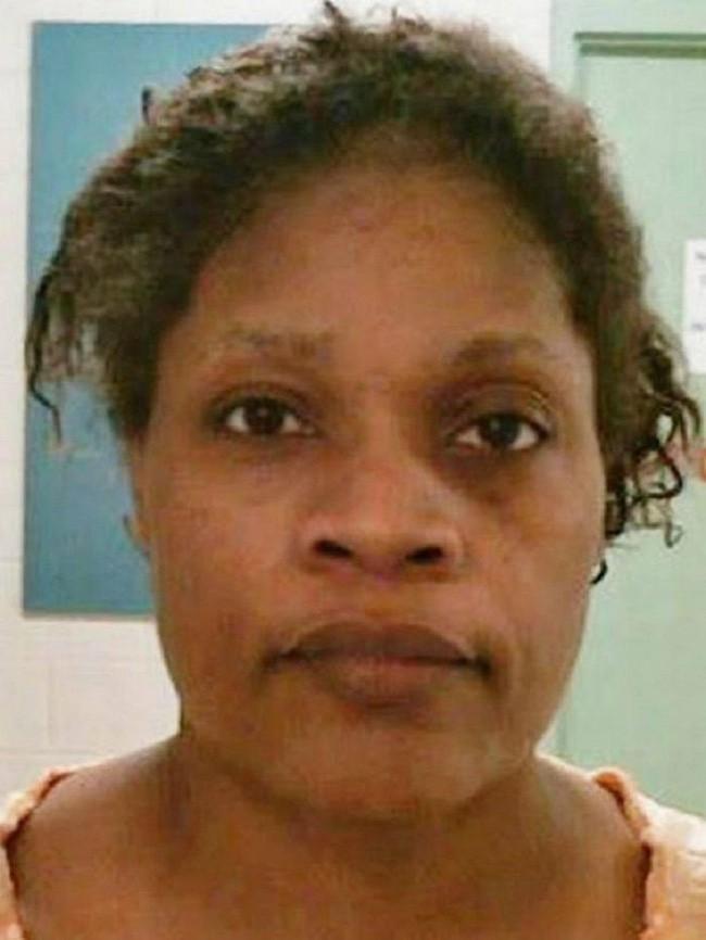 Mẹ về nhà thấy con chết cháy trong lò nướng, cảnh sát tìm ra hung thủ là người mà chẳng ai ngờ tới - Ảnh 2.