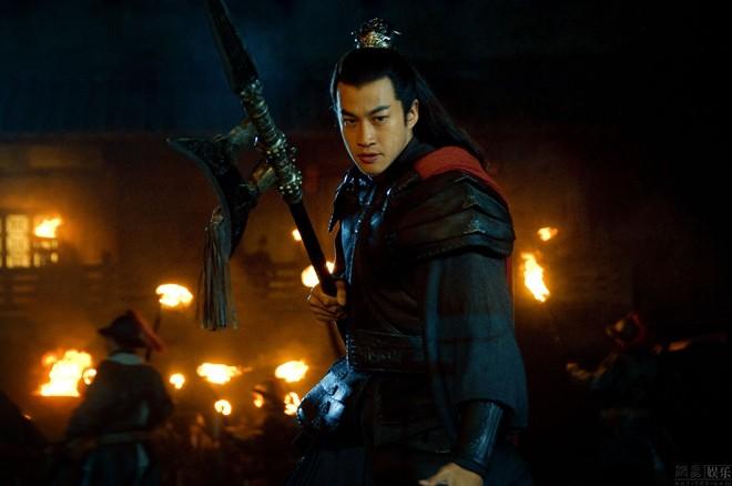 Võ tướng dũng mãnh nhất Tam Quốc chết thảm trong tay Tào Tháo chỉ vì 1 câu nói của Lưu Bị - Ảnh 3.
